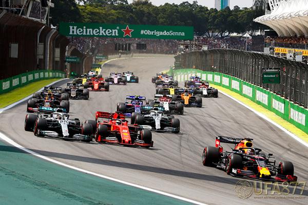 Lewis Hamilton ไม่เห็นด้วยกับแผนการ