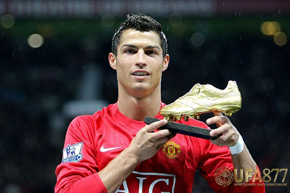 "Manchester United คว้า ""โรนัลโด้"""